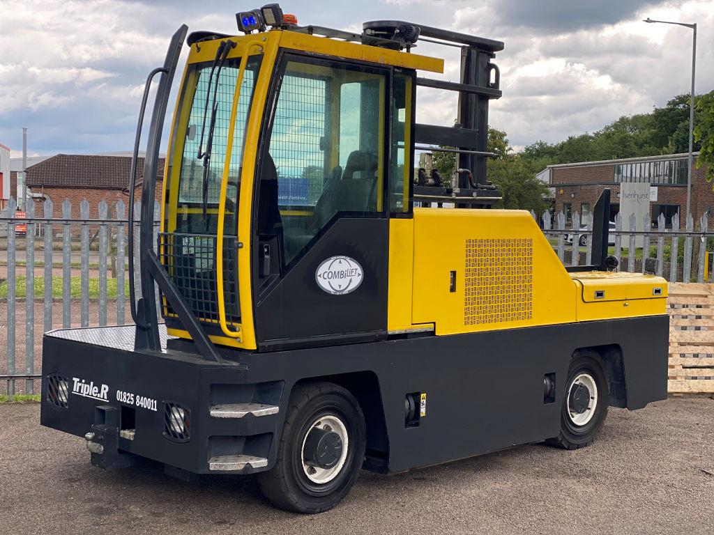 Hako Ride-on sweeper, scrubber, dryer