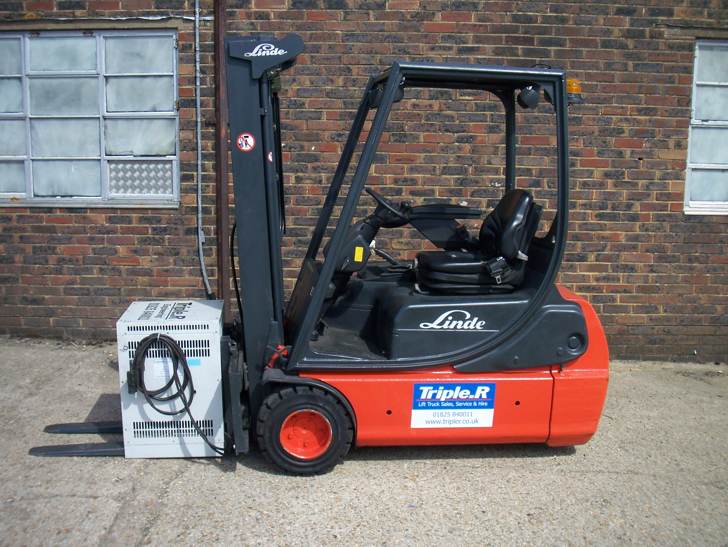 Due In - Linde E16